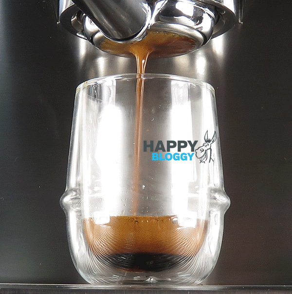 Image displaying perfect espresso shot from bottomless portafilter