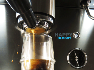 Image displaying espresso pouring from an iberital bottomless portafilter