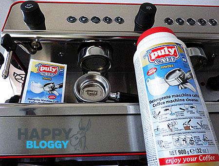 Image displaying espresso machine backflushing clean.